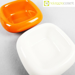 danese-milano-vasi-bianco-e-arancione-serie-tremiti-4035-angelo-mangiarotti-4