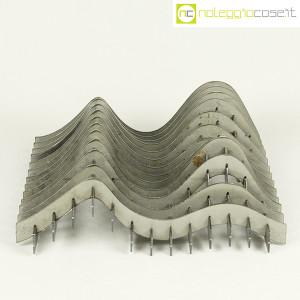 Noleggiocose, struttura free form in acciaio, Gabriella Mastrangelo (2)
