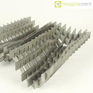 Noleggiocose, struttura free form in acciaio, Gabriella Mastrangelo (6)