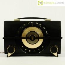 Zenith radio in bachelite R615-Y