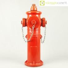 Idrante antincendio rosso