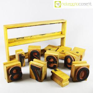 Timbri numerati con contenitore (1)