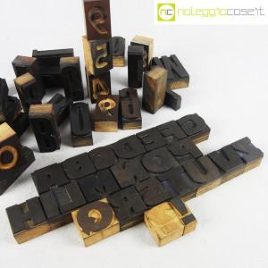 Caratteri tipografici in legno set 02 (7)