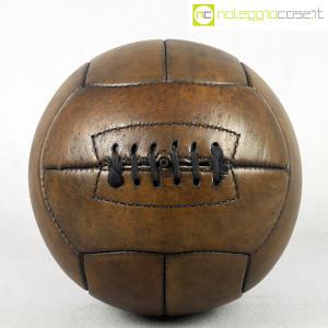 Pallone da calcio in cuoio (1)