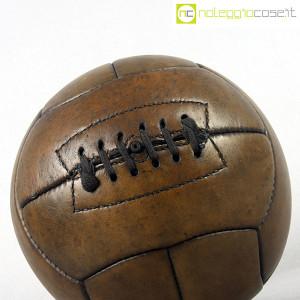 Pallone da calcio in cuoio (4)