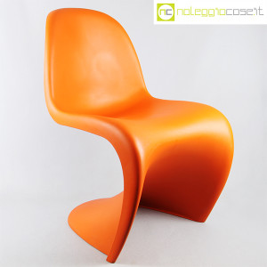 Vitra, sedia Panton Chair arancio, Verner Panton (1)