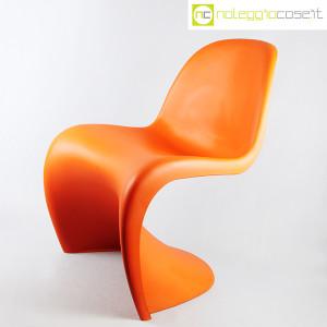 Vitra, sedia Panton Chair arancio, Verner Panton (3)