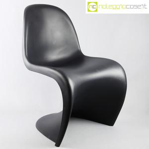 Vitra, sedia Panton Chair nero, Verner Panton (1)