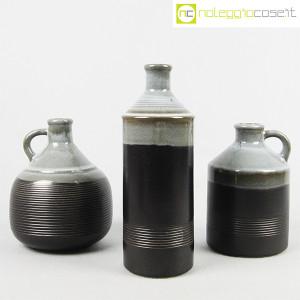 Ceramiche Bucci, bottiglia e coppia brocche, Franco Bucci (1)