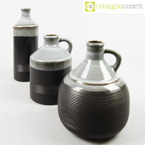 Ceramiche Bucci, bottiglia e coppia brocche, Franco Bucci (4)
