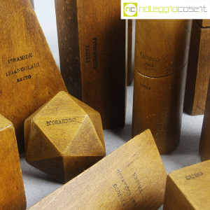 Solidi didattici componibili in legno (8)
