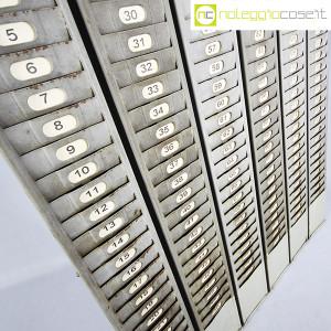 Portacartellini industriale in metalloPortacartellini industriale in metallo (4)