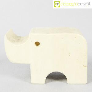 Elefante in travertino (1)