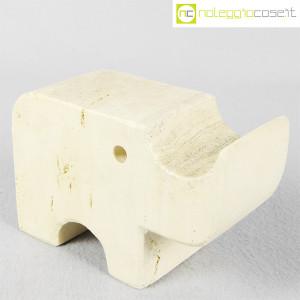 Elefante in travertino (2)