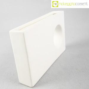 Vaso rettangolare con buco (3)
