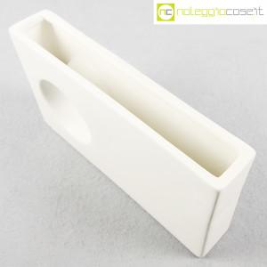 Vaso rettangolare con buco (4)
