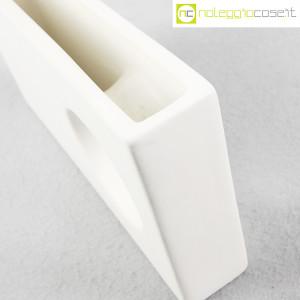 Vaso rettangolare con buco (9)