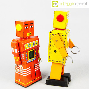 Robot Lilliput in latta (4)