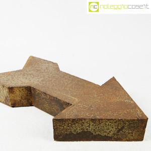 freccia-in-metallo-arrugginito-4