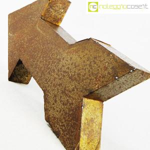 freccia-in-metallo-arrugginito-6