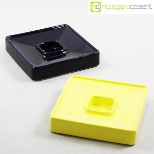Ceramiche Brambilla, posacenere quadrato blu e giallo, Angelo Mangiarotti (1)