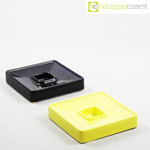 Ceramiche Brambilla, posacenere quadrato blu e giallo, Angelo Mangiarotti (3)
