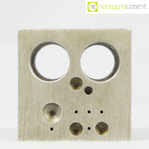 danese-milano-cubo-in-alluminio-struttura-3020-enzo-mari-2
