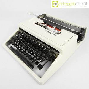 Olivetti, macchina da scrivere Dora, Ettore Sottsass (1)