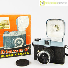 Diana-F Macchina fotografica