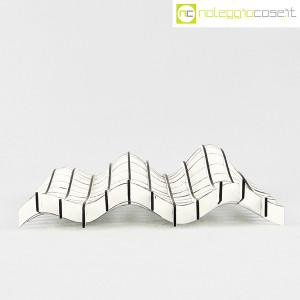 Noleggiocose, struttura free form in legno bianco, Gabriella Mastrangelo (2)