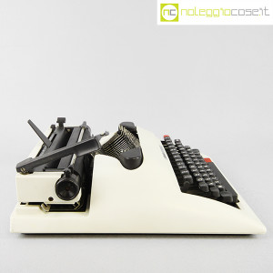 Olivetti, macchina da scrivere Lettera 12, Mario Bellini (4)