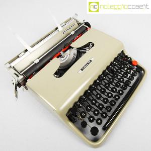 Olivetti, macchina da scrivere Lettera 22 grigio sabbia, Marcello Nizzoli (3)