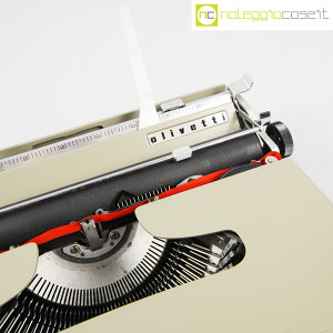 Olivetti, macchina da scrivere Lettera 22 grigio sabbia, Marcello Nizzoli (7)