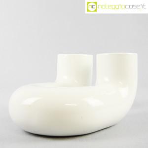 Vaso bianco a tubo piegato (3)
