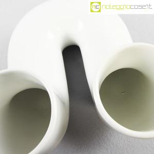Vaso bianco a tubo piegato (9)