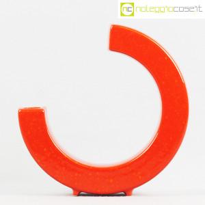 Vaso rosso a forma di C (2)