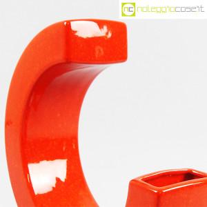 Vaso rosso a forma di C (5)