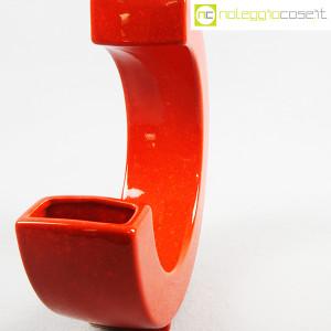 Vaso rosso a forma di C (6)
