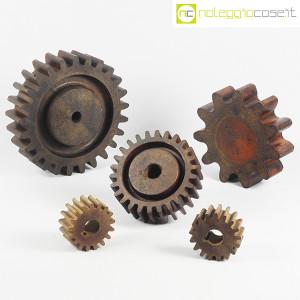 Ruote dentate antiche in legno (1)