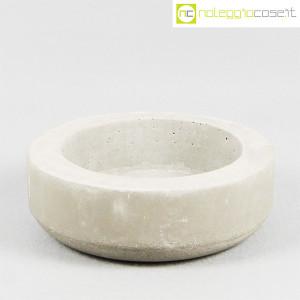 Ten Years, vaso in cemento mod. grande, Stefano Boccotti (1)