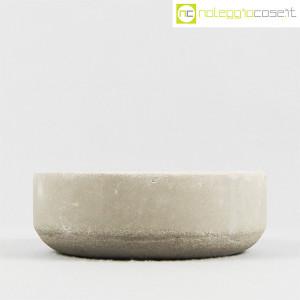 Ten Years, vaso in cemento mod. grande, Stefano Boccotti (2)