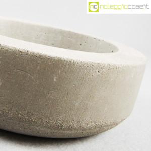 Ten Years, vaso in cemento mod. grande, Stefano Boccotti (6)