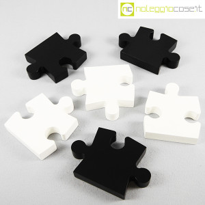 Puzzle enorme in legno bianco e nero (5)