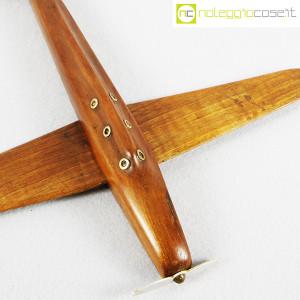Modellino di aereo in legno con base (6)