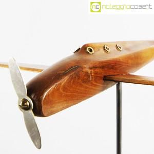 Modellino di aereo in legno con base (7)