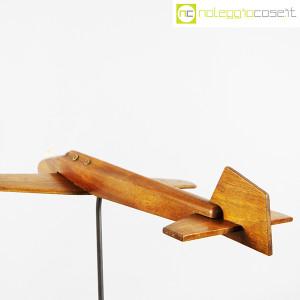 Modellino di aereo in legno con base (8)