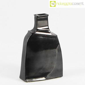 Ceramiche Bucci, vaso irregolare nero, Franco Bucci (1)