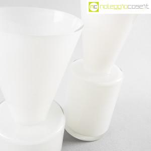 Ambrogio Pozzi Design, coppia di vasi in vetro incamiciato bianco, Ambrogio Pozzi (7)