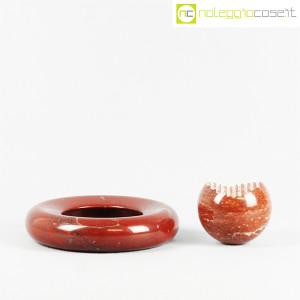 Up&Up, posacenere e sfera in marmo rosso (2)
