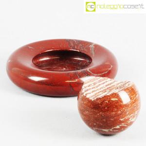 Up&Up, posacenere e sfera in marmo rosso (3)